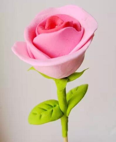 汇爱童趣工坊教你制作轻粘土玫瑰花